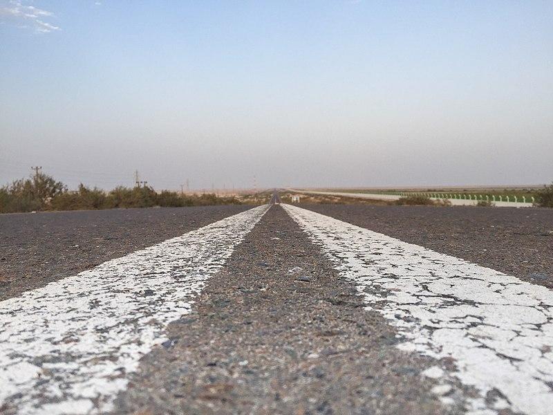 2018.10.05 Desert road