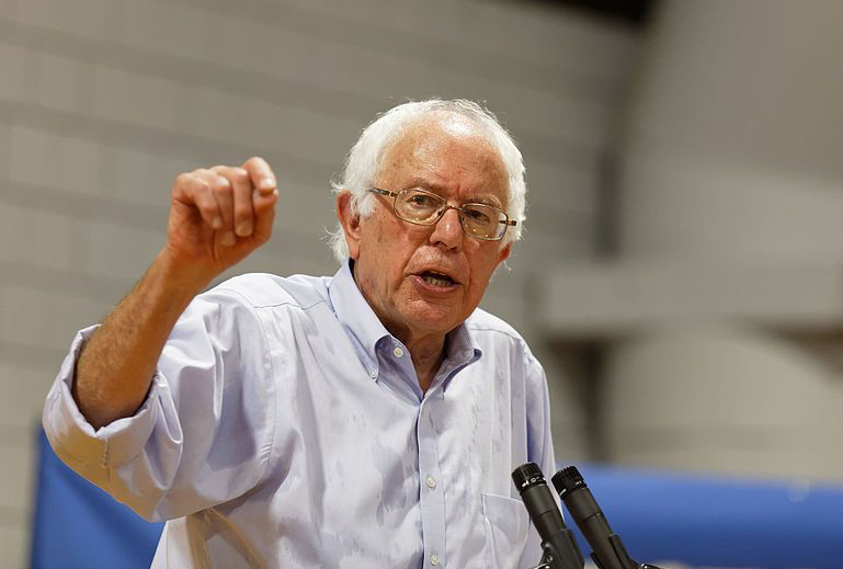 2019.07.06 US_Senator_Bernie_Sanders_in_Conway_NH_on_August_24th_2015_by_Michael_Vadon_(20715416790)