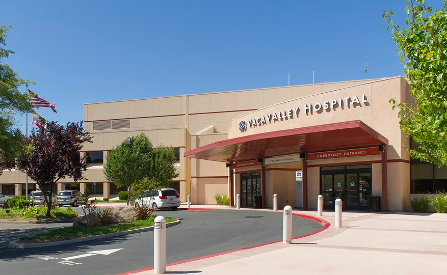 2020.02.26 Entrance_to_VacaValley_Hospital_and_Emergency_Room